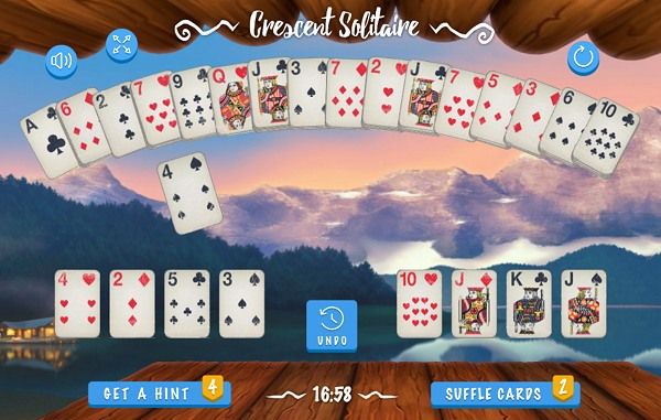 Play Crescent Solitaire for free